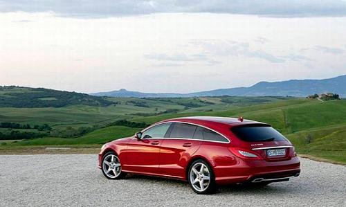Универсал премиум-класса от Mercedes-Benz.