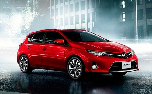 Toyota виртуально презентовала новый Auris.