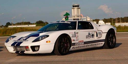 Суперкар Ford GT установил мировой рекорд скорости.