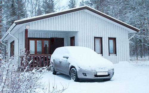 Как правильно заводить автомобиль зимой?
