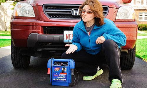 Зарядное устройство для автомобильного аккумулятора.