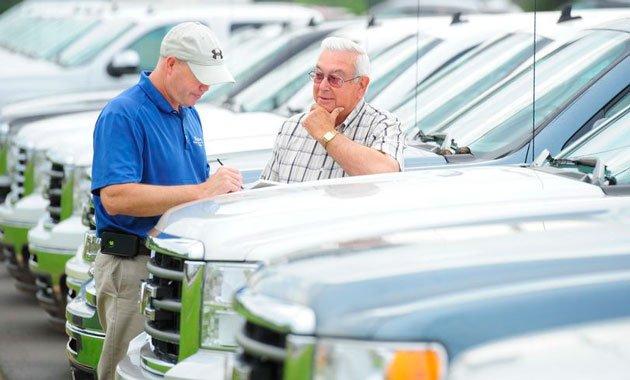 Покупаем подержанное авто: советы автолюбителям