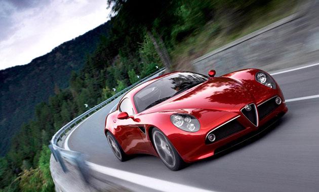 Скоростной Alfa Romeo 4C