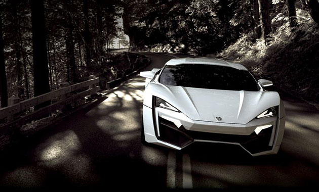 � ����� ����������� �������� Lykan Hypersport � �������� � �����.
